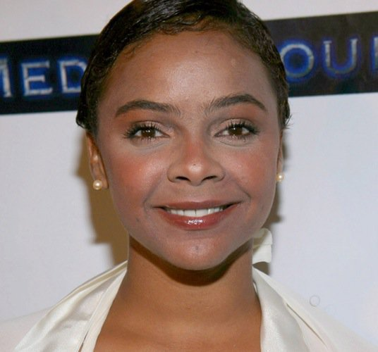 lark-voorhies-april-2007