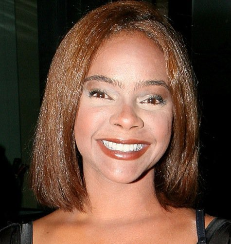 lark-voorhies-april-2009