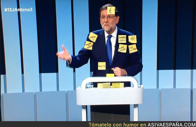 AVE_49039_rajoy_al_final_del_debate_a_cuatro