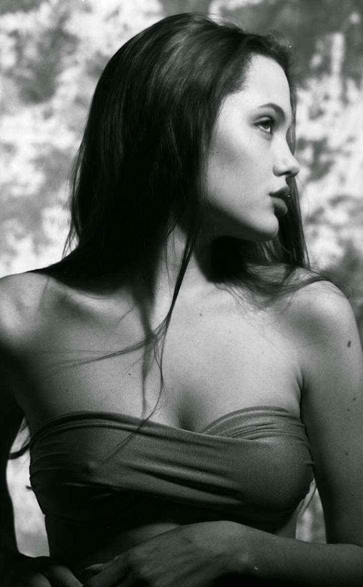 angelina-jolie-young-15-years-old-harry-langdon-28 2